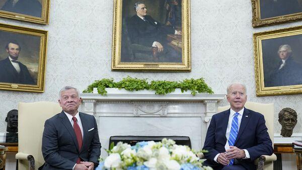 ABD Başkanı Biden, Ürdün Kralı 2. Abdullah ile Beyaz Saray'da bir araya geldi - Sputnik Türkiye