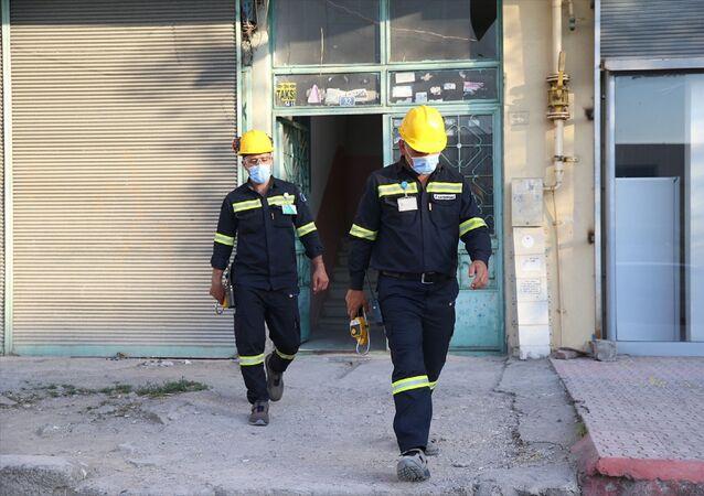 Kayseri'nin merkez Kocasinan ilçesinde zehirlendikleri iddia edilen 6 kişi, hastaneye götürüldü.