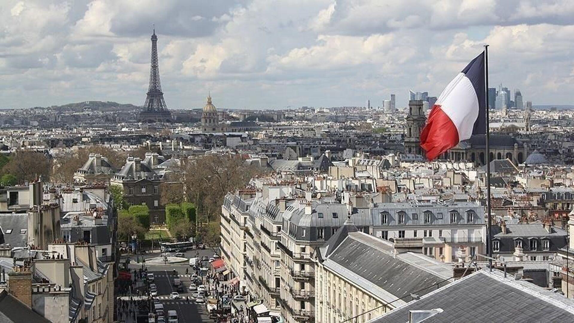 Fransa bayrak Paris Eyfel Kulesi - Sputnik Türkiye, 1920, 30.07.2021