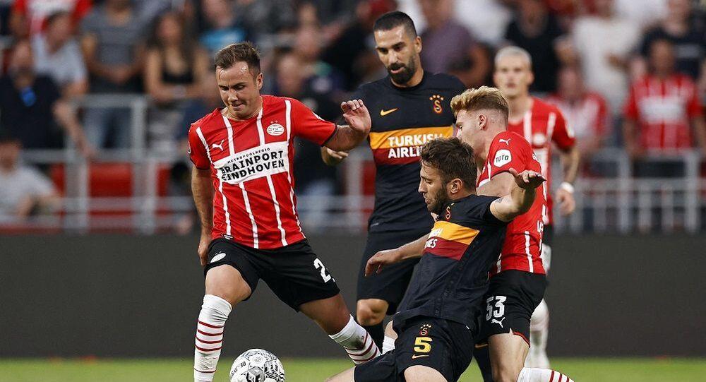 UEFA Şampiyonlar Ligi 2. Eleme Turu ilk maçında Galatasaray, Hollanda ekibi PSV'ye deplasmanda 5-1 mağlup oldu