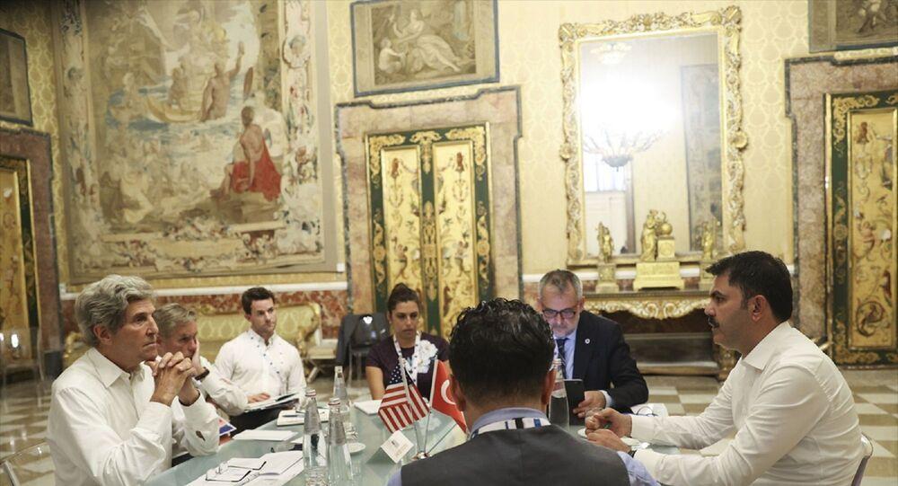 Çevre ve Şehricilik Bakanı Murat Kurum ve ABD İklim Müzakerecisi John Kerry