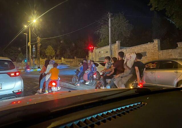 Şanlıurfa'da 3 motosiklette 15 kişi