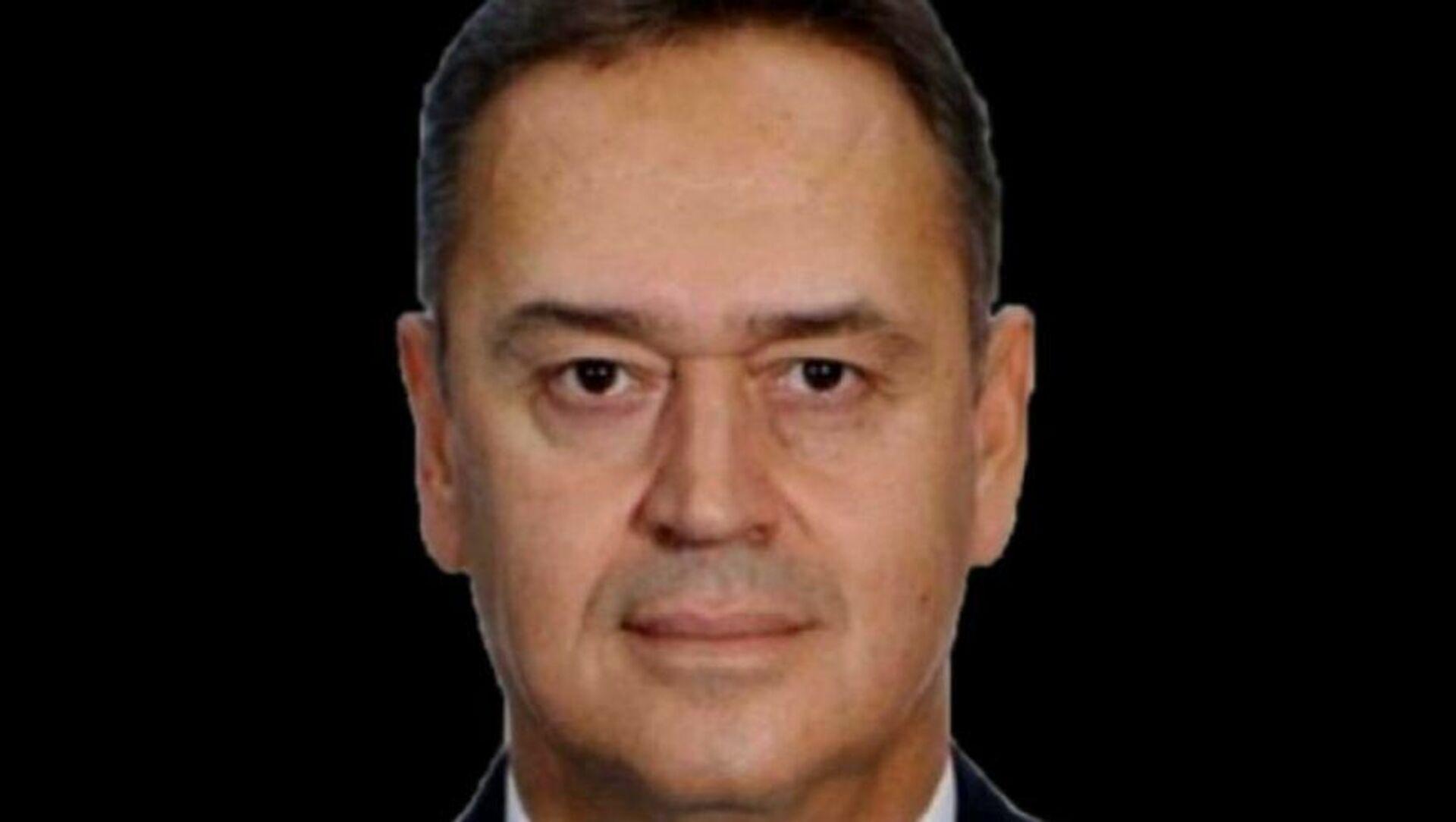 Muğla'daki Milas Bodrum Havalimanı'na dün akşam saatlerinde uçağı indiren kaptan pilotun terminale gitmek için bindiği araçta fenalaştığı ve ambulans ile kaldırıldığı hastanede yaşamını yitirdiği açıklandı. - Sputnik Türkiye, 1920, 24.07.2021