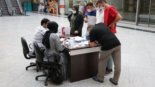 Karabük'te alışveriş merkezinde randevusuz aşı - Sputnik Türkiye