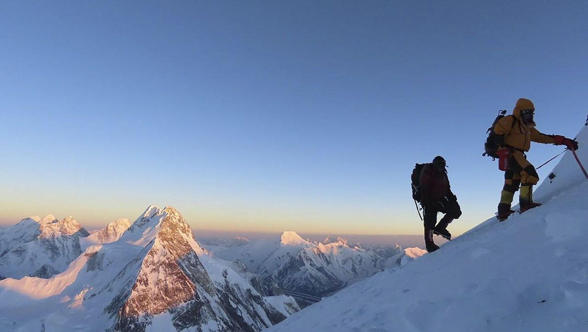 K2 dağı - Pakistan - Sputnik Türkiye, 1920, 27.07.2021