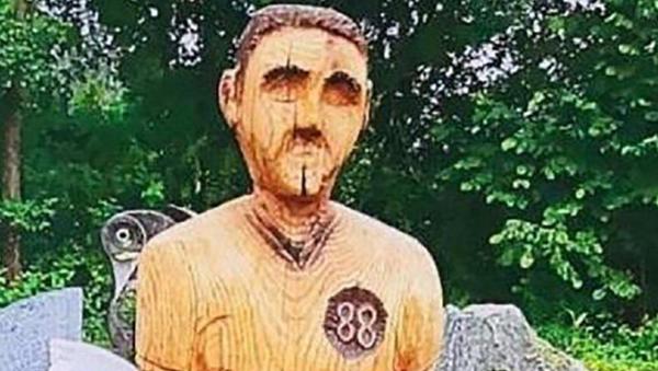 Mezarlığa yerleştirilen heykel, Hitler'e benzediği gerekçesiyle kaldırıldı - Sputnik Türkiye