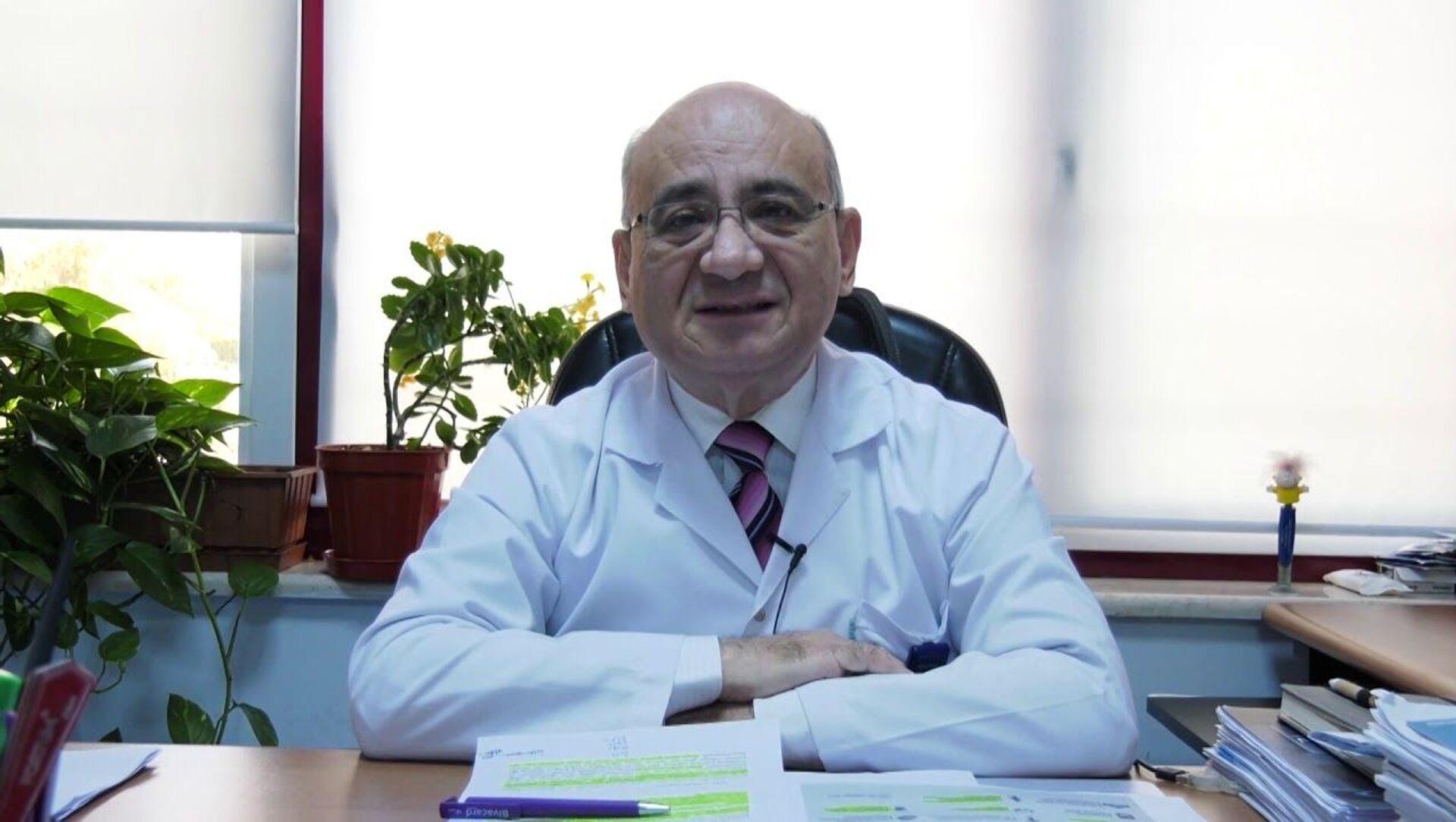 Prof. Dr. Ata Nevzat Yalçın - Sputnik Türkiye, 1920, 27.07.2021