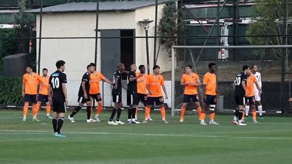 Beşiktaş - Başakşehir - hazırlık maçı - Sputnik Türkiye