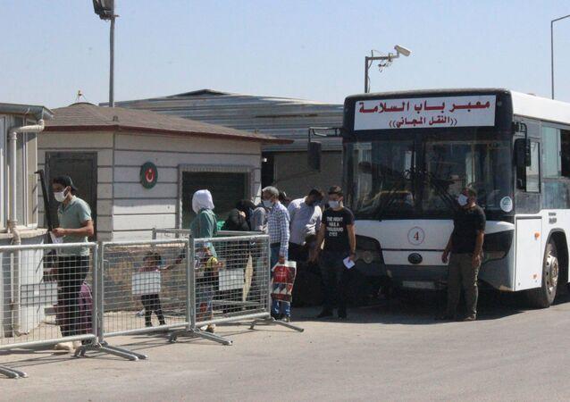 Bayramı ülkelerinde geçiren Suriyelilerin dönüşü sürüyor