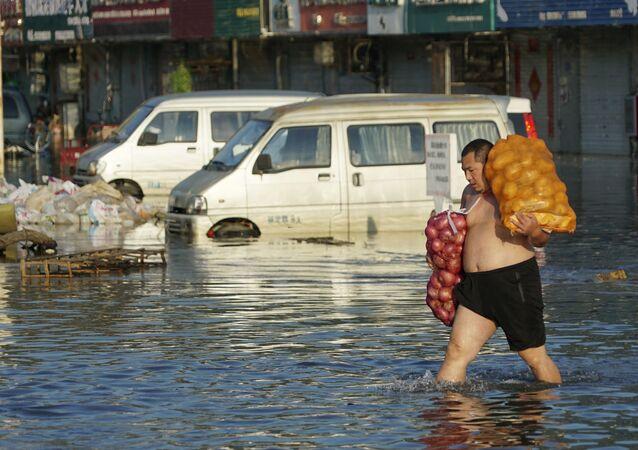 Çin'de sel felaketi: Ölü sayısı 90'ı aştı