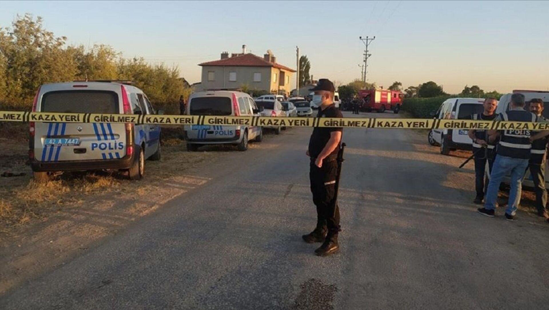 Konya'da 7 kişilik aile öldürüldü - Sputnik Türkiye, 1920, 03.08.2021