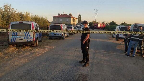 Konya'da 7 kişilik aile öldürüldü - Sputnik Türkiye