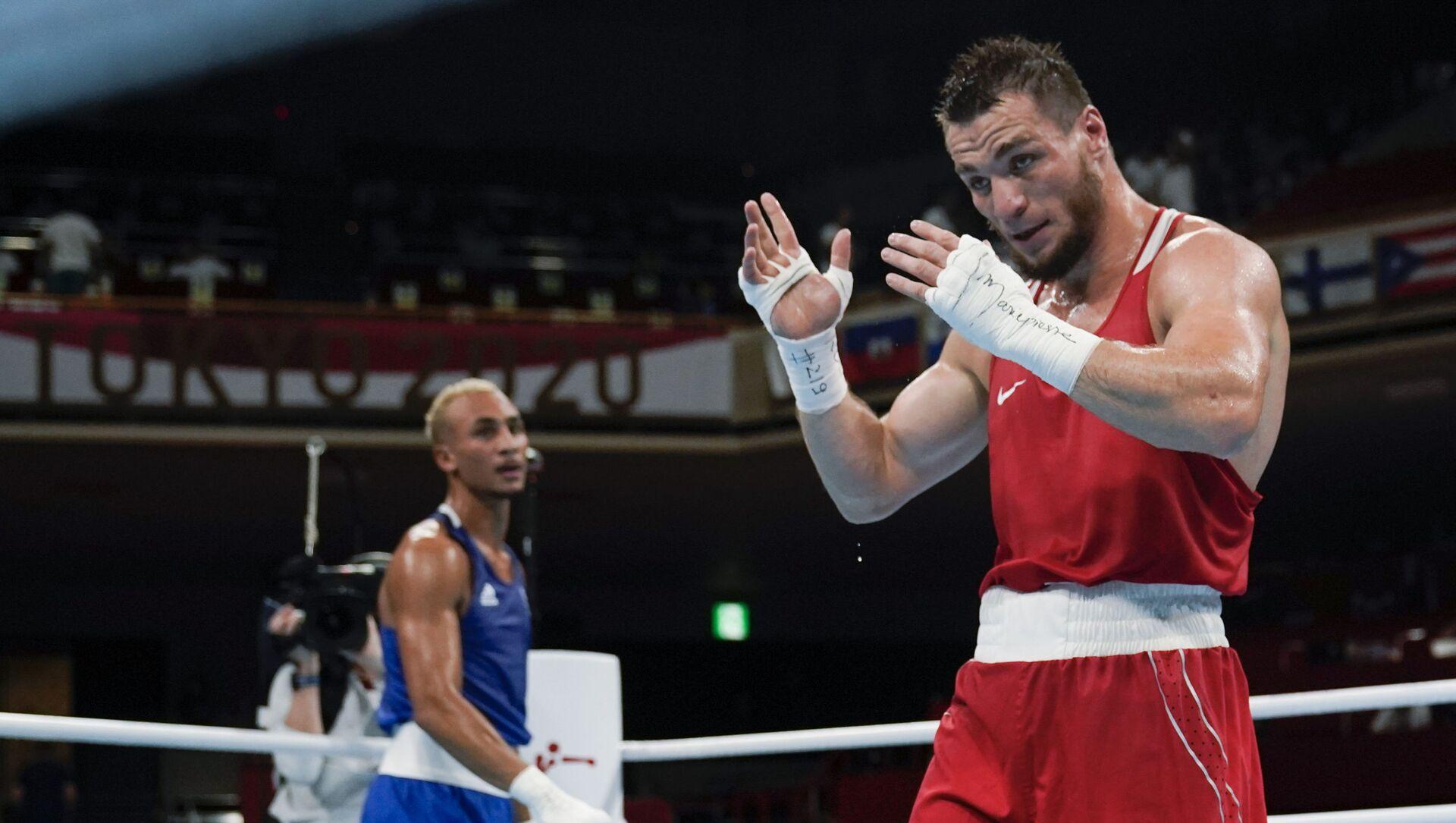 Rus boksör Hatayev, Tokyo Olimpiyatları'nda bronz madalya kazandı - Sputnik Türkiye, 1920, 01.08.2021