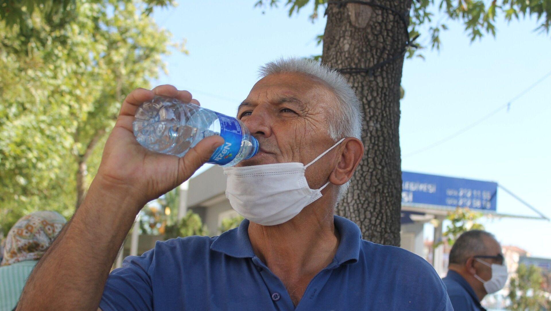 Sıcaklık, su, Aydın - Sputnik Türkiye, 1920, 03.08.2021