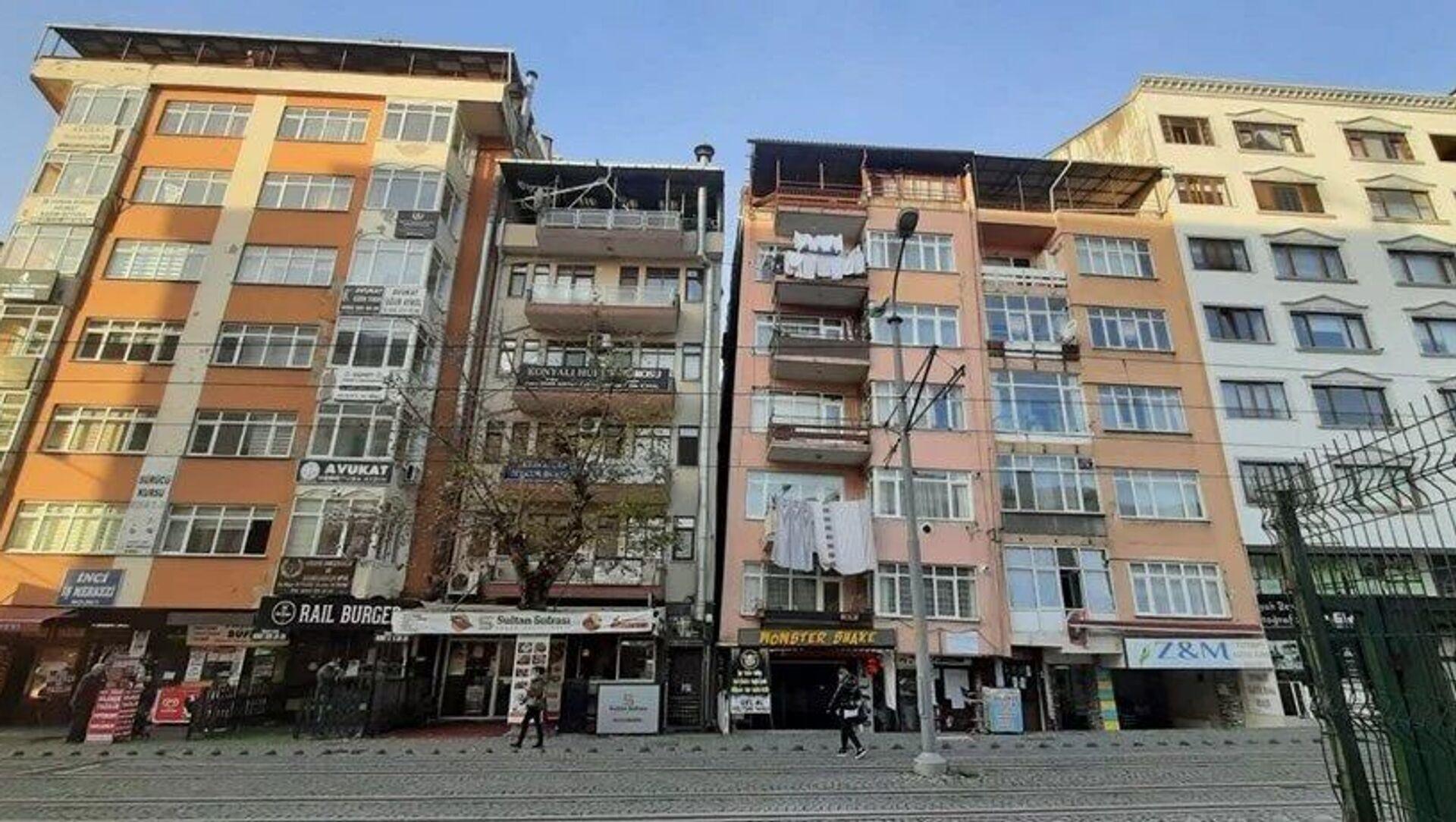İzmit'in Pisa Kulesi - Sputnik Türkiye, 1920, 04.08.2021