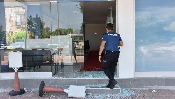 Üniversiteli Azra'nın katil zanlısının iş yerine saldırı - Sputnik Türkiye
