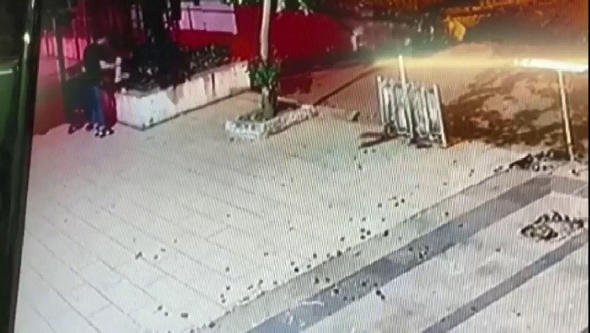 Sokak kedilerine saldıran kişi, bir kediyi işkence yaparak öldürdü - Sputnik Türkiye, 1920, 05.08.2021