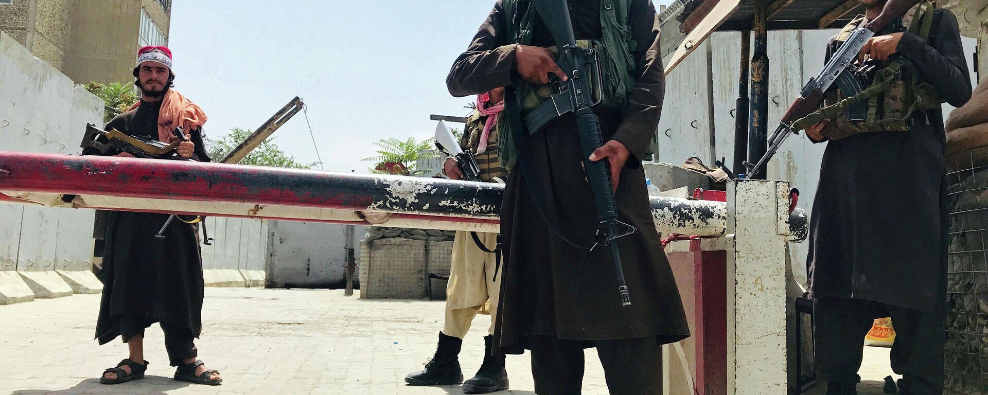 Afganistan'da Taliban dönemi | Örgütün basın sorumlusu: Yönetim boşluğunun doldurulacağını umuyorum - Sputnik Türkiye, 1920, 31.08.2021
