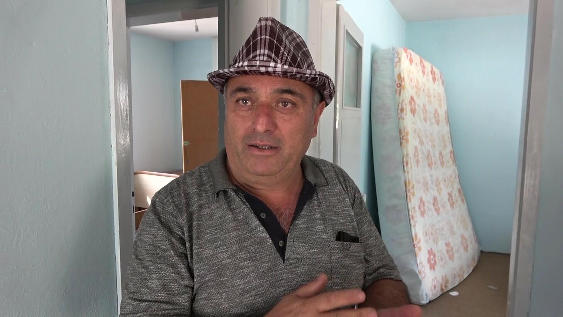 Sinop'ta kredi çekerek yaptırdığı evi selde yıkılan vatandaş 3 yıl daha borç ödeyeceğini söyledi - Sputnik Türkiye, 1920, 18.08.2021