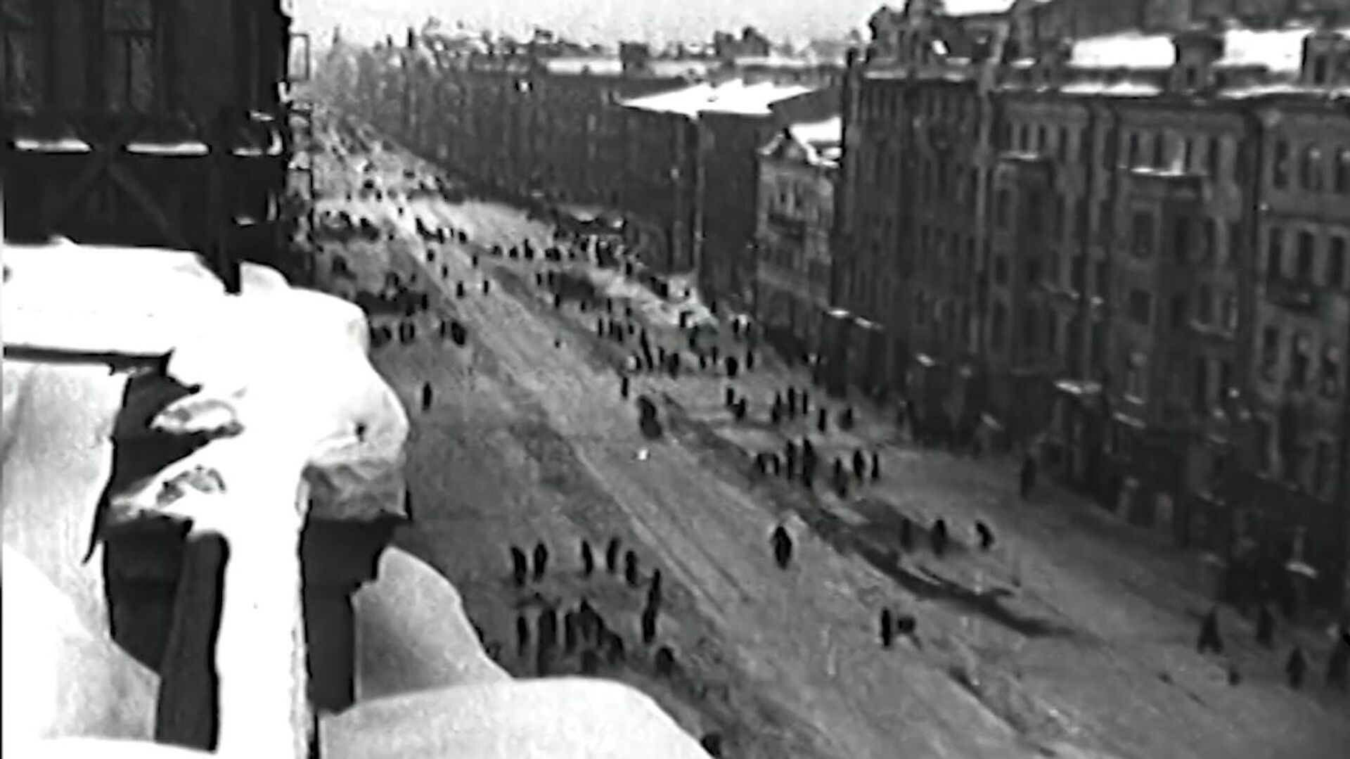 Kuşatma altındaki Leningrad - Sputnik Türkiye, 1920, 08.09.2021