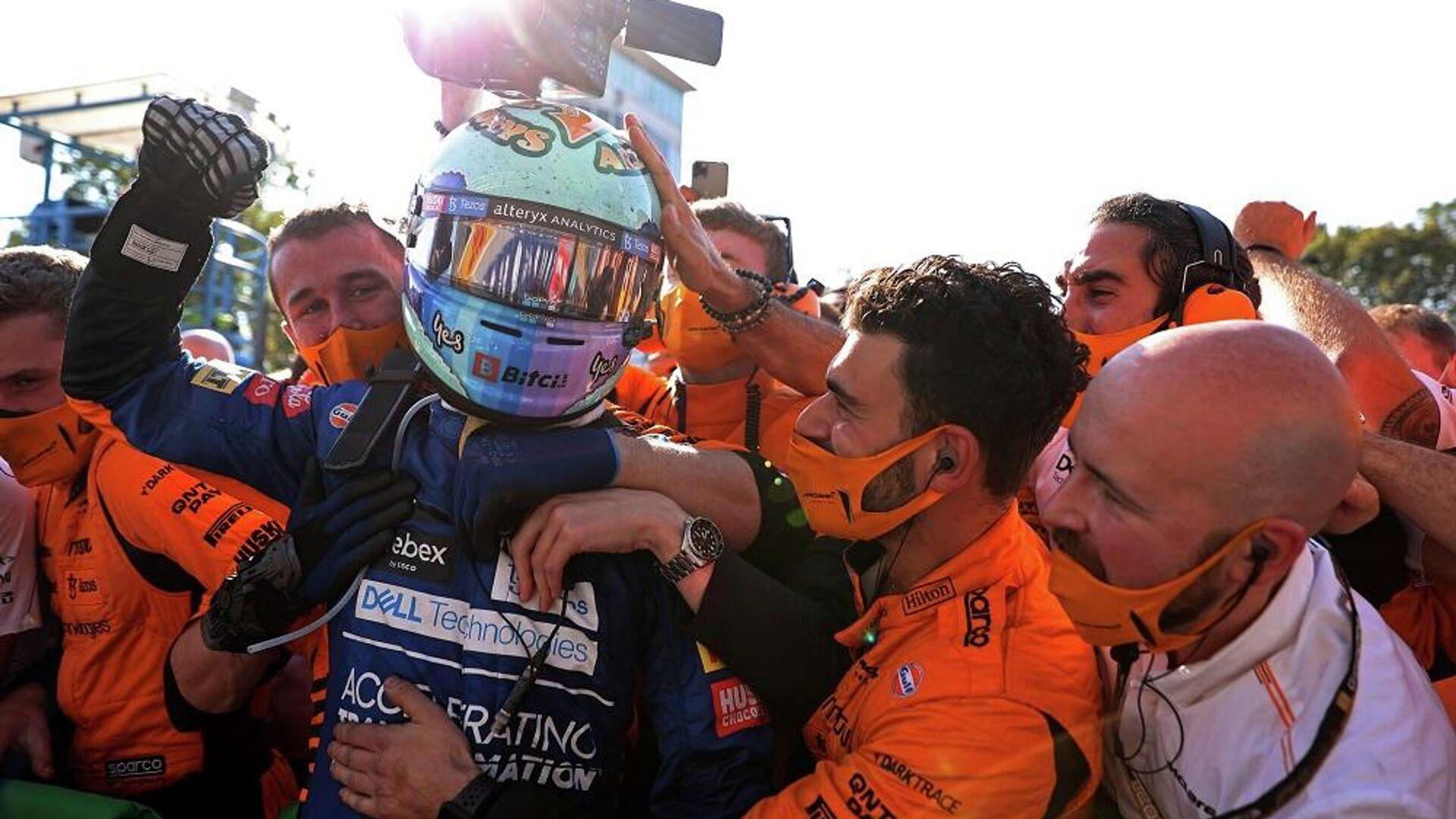 Formula 1 Dünya Şampiyonası'nda sezonun 14. ayağı İtalya Grand Prix'sini McLaren-Mercedes takımının Avustralyalı pilotu Daniel Ricciardo kazandı. - Sputnik Türkiye, 1920, 12.09.2021