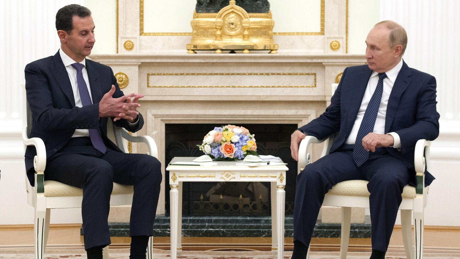 Putin ile Esad, Moskova'da bir araya geldi - 14.09.2021, Sputnik Türkiye