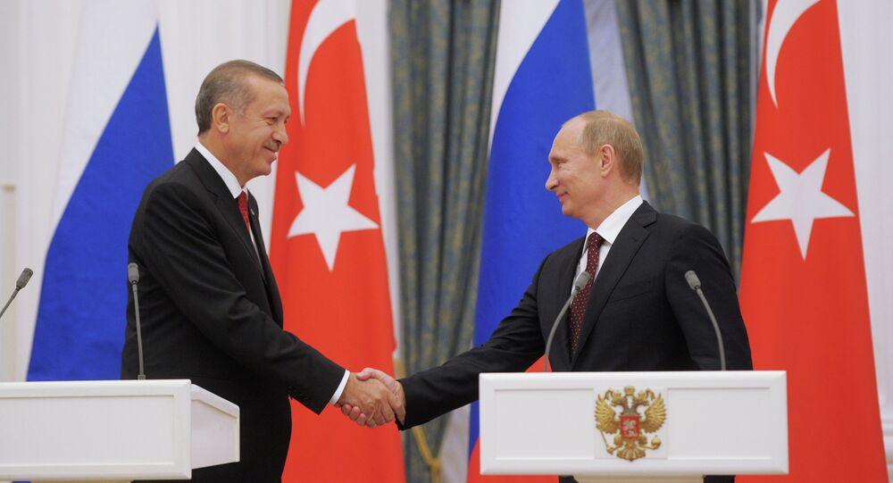 Rusya devlet başkanı Vladimir Putin ve Türkiye cumhurbaşkanı  Recep Tayyip Erdoğan'ın ortak basın toplantısı