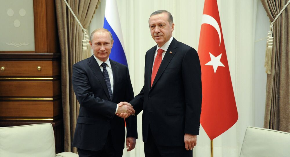 Rusya devlet başkanı Vladimir Putin ve Türkiye cumhurbaşkanı Recep Tayyip Erdoğan