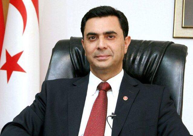 Kuzey Kıbrıs Türk Cumhuriyeti  Dışişleri Bakanı Özdil Nami