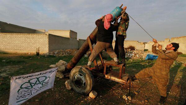 Suriyeli Muhalifler: Eğit-Donat Programı - Sputnik Türkiye