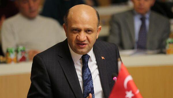 Türkiye Bilim, Sanayi ve Teknoloji Bakanı Fikri Işık - Sputnik Türkiye