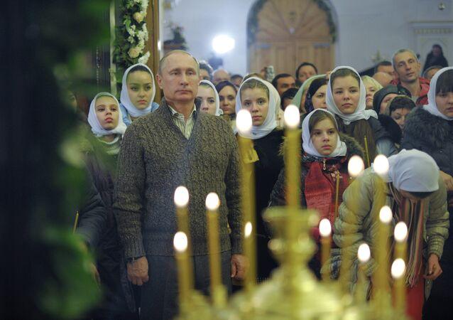 Rusya Devlet Başkanı Vladimir Putin, Noel ayininde
