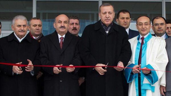 Türkiye Cumhurbaşkanı Erdoğan, Yıldırım Beyazıt Üniversitesi açılış ve temel atma töreninde - Sputnik Türkiye