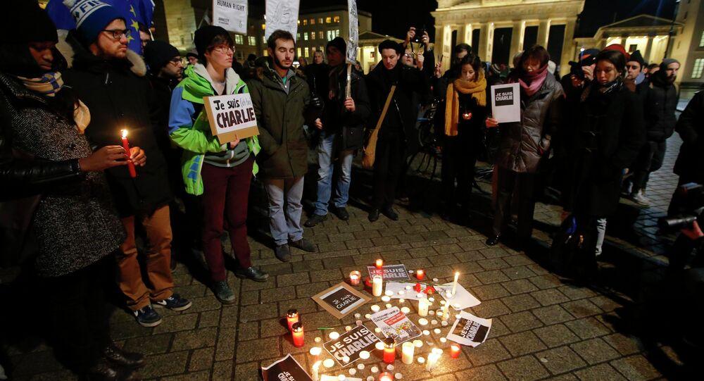 Charlie Hebdo'ya saldırı, Berlin'de de protesto edildi
