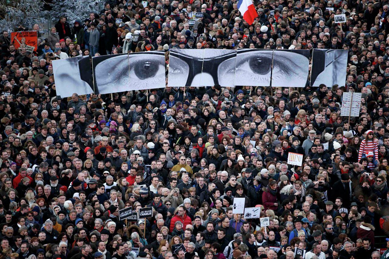 Paris'te teröre karşı Cumhuriyet Yürüyüşü