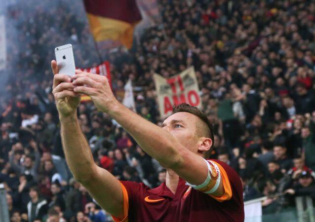 Totti'den derbi selfie'si