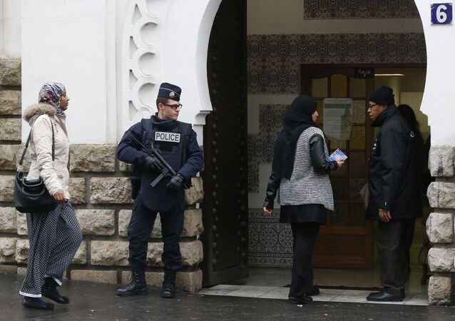 Fransa'da Müslüman karşıtı saldırılar arttı