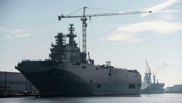 Mistral tipi helikopter gemisi - Sputnik Türkiye