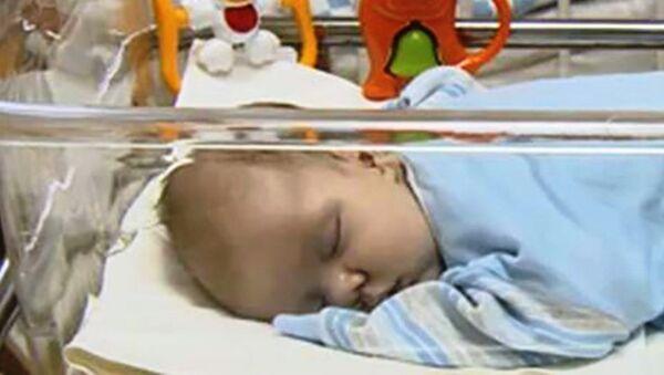 Rusya'da terk edilmiş bebek - Sputnik Türkiye
