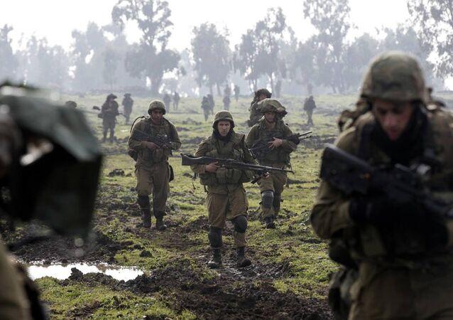 İsrail'den Suriye'nin güneyindeki Kuneytra'ya operasyon