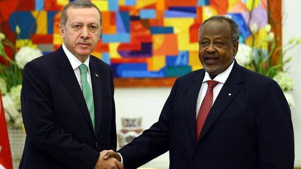 Cumhurbaşkanı Recep Tayyip Erdoğan ve Cibuti Cumhurbaşkanı İsmail Ömer Guelleh - Sputnik Türkiye