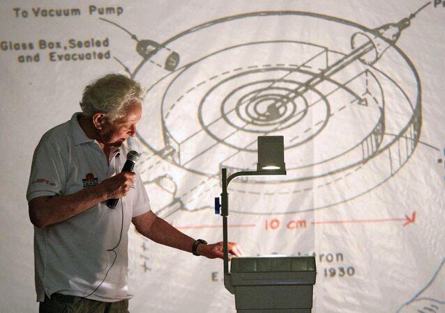 Nobel Ödülü  Leon M. Lederman