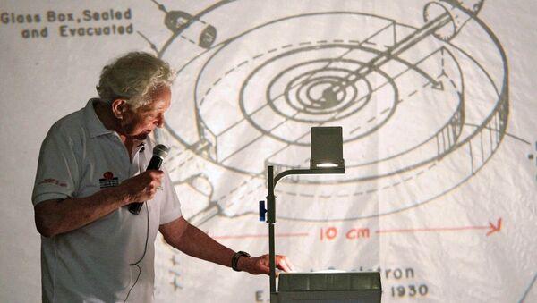 Nobel Ödülü  Leon M. Lederman - Sputnik Türkiye