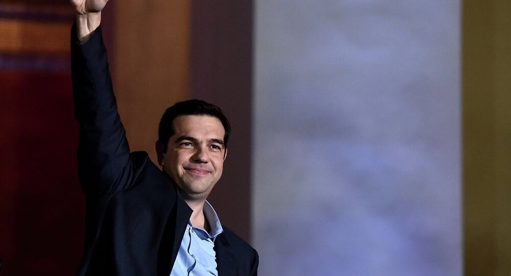 40 yaşındaki Aleksis Çipras Yunanistan'ın son 150 yılındaki en genç başbakan olacak