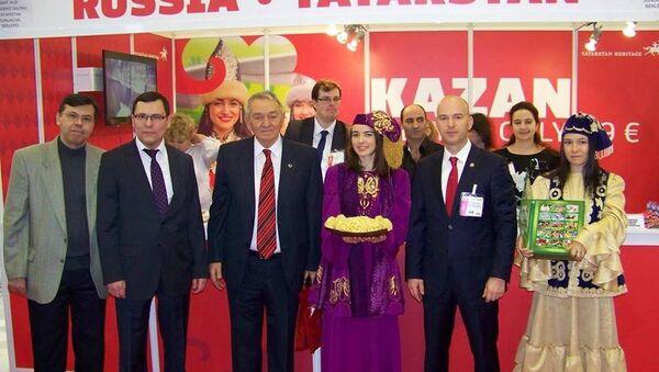 Tataristanlı turizm yetkilileri,  EMITT 2015 turizm fuarında - Sputnik Türkiye