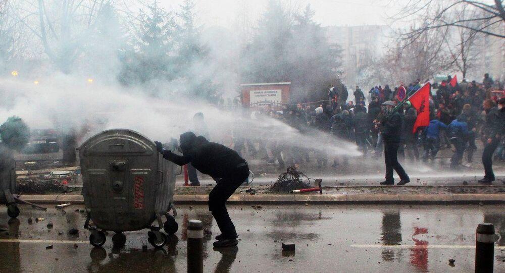 Kosova protesto gösterileri