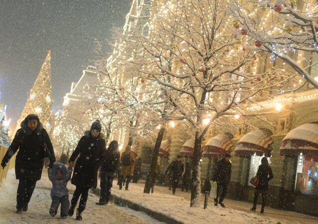 Moskova'da kar