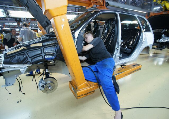 Tolyatti şehrinde AvtoVAZ fabrikası