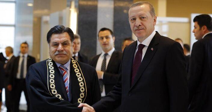 Anayasa Mahkemesi Başkanı Kılıç, Cumhurbaşkanı Erdoğan'ı kapıda karşıladı.