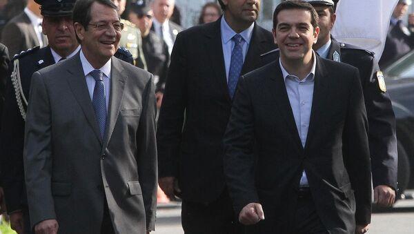 Yunanistan Başbakanı Aleksis Çipras ve Rum lider Nikos Anastasiadis - Sputnik Türkiye